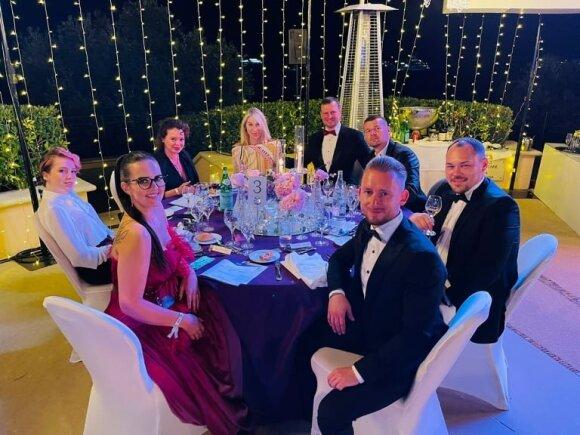 Milijardieriaus pobūvyje Monake labdarai surinkta įspūdinga suma pinigų: tarp garbių svečių – ir puikiai pažįstami lietuviai