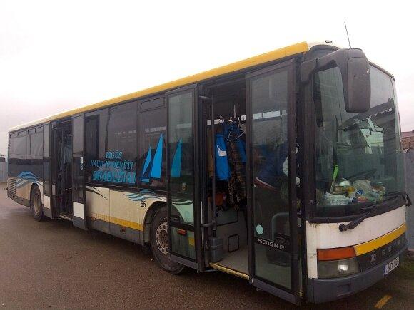 Находчивый житель Кедайняй открыл магазин в пассажирском автобусе