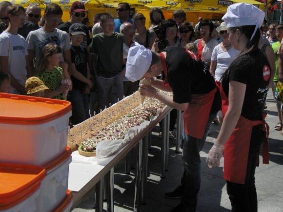 Gaminamas 3 metrų ilgio sumuštinis