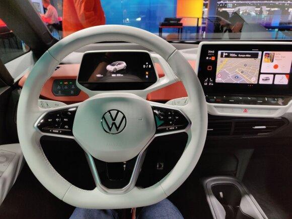 """Frankfurto automobilių parodoje pristatytas """"Volkswagen ID.3"""". Dinos Sergijenko/DELFI nuotr."""