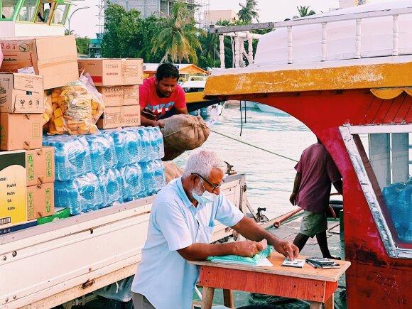 Pigų poilsį Maldyvuose pasirinkę lietuviai sukrėsti: saloje uždraustas alkoholis, nusižengusius sodina į kalėjimą