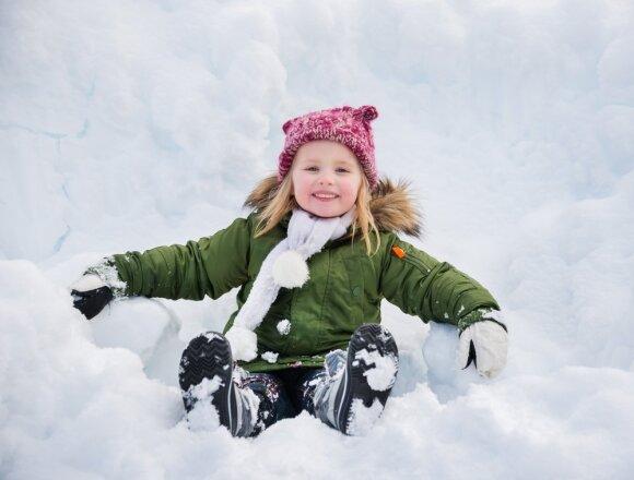Išbandykie: idėjos, ką veikti su vaikais žiemą tiek namuose, tiek lauke