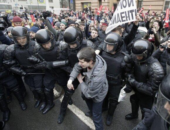 Rusijoje – smurto banga: jie žino tai, ko žinoti tikrai negali