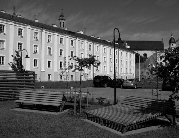 Bazilijonų vienuolyno (Arklių g.) kiemas, kuriame rasti belaisvių palaikai, G. Širono nuotr.