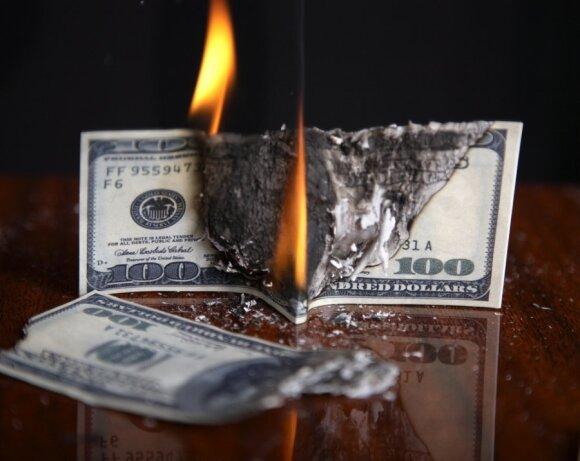 Ekspertas: pasaulio finansinė padėtis dabar pavojingesnė nei 2008-ais