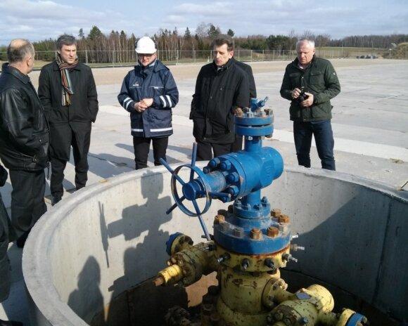 Apžiūrimas skalūnų dujų gręžinys