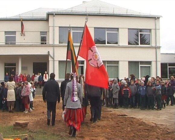 Alytaus A. Ramanausko - Vanago gimnazijoje vyko buvusių mokytojų susitikimas