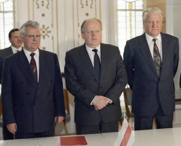 Автору развала СССР Шушкевичу повысили пенсию до 220 долларов