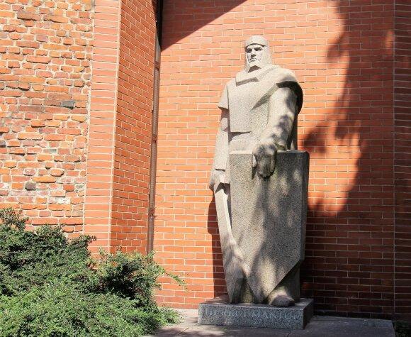 Nepažinta Klaipėda: kur lėbavo pirkliai, nuo tremties slėpėsi žmonės ir kaip sovietmečiu pavyko pagerbti Herkų Mantą