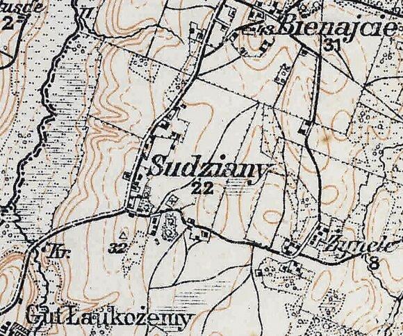 Kaimas Darbėnų apylinkių 1914 m. topografiniame žemėlapyje.