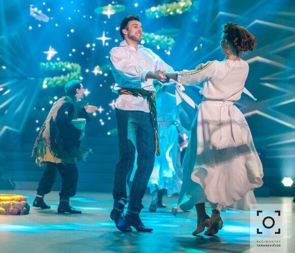 Viena iš Tomo aistrų – tautiniai šokiai