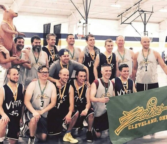 Geelong Vytis players pictured post-match with Cleveland Žaibas Gold after the Australian side took out the SALFASS Division C title 61-58.