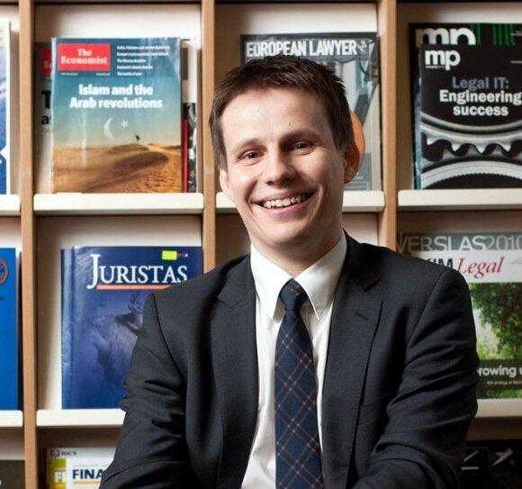 "Lietuvos politikai ""Facebook"" gerbėjus renka ir nelegaliai?"
