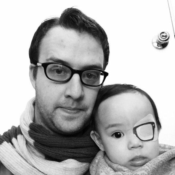 """Didelė tėčio meilė dukrytei virpina internautų širdis <sup style=""""color: #ff0000;"""">(FOTO)</sup>"""