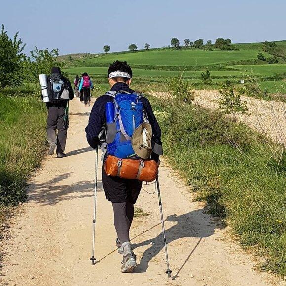 Neįtikėtinai greitai 800 kilometrų įveikusiems lietuviams teko įrodinėti, kad tai padarė pėsčiomis