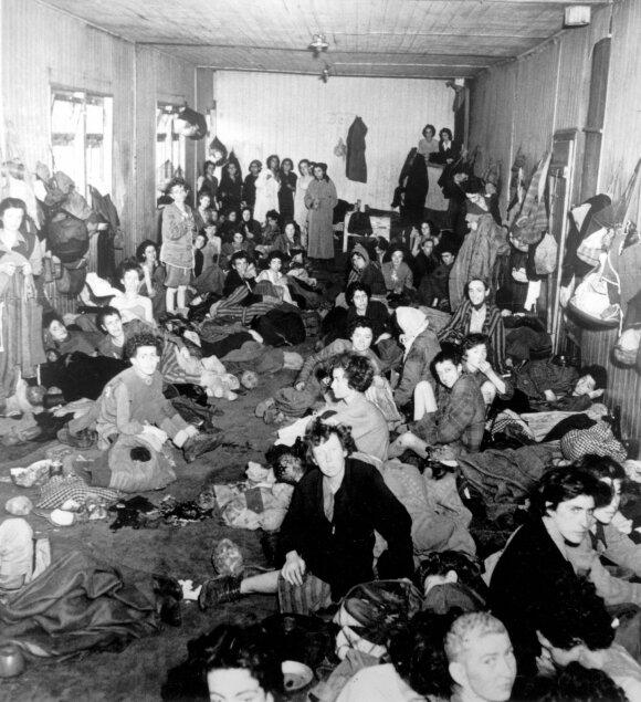 """Sekso <span style=""""color: #c00000;"""">vergių gyvenimas</span> nacių koncentracijos stovyklose"""