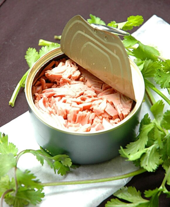 Dietiškos tunu įdarytos paprikos