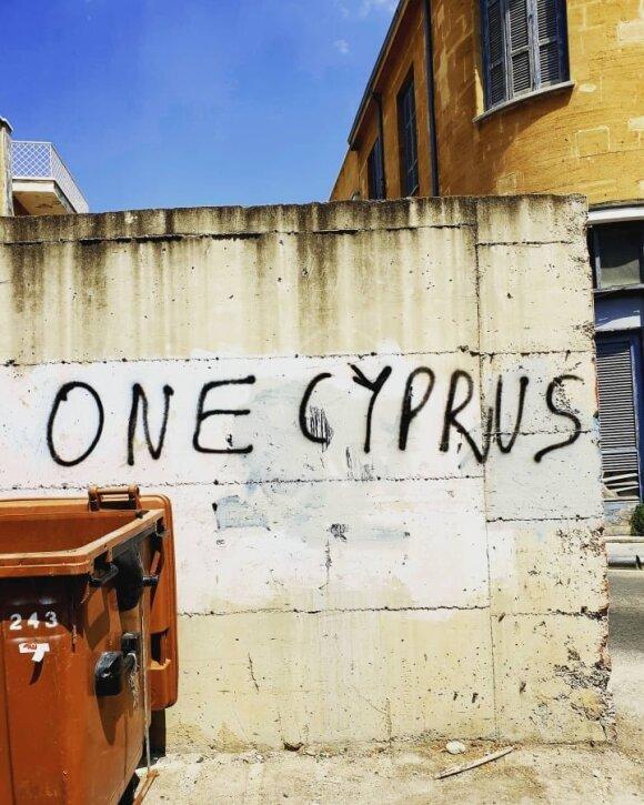 Dviem šalims padalintoje Kipro sostinėje lietuvis pateko į nemalonią situaciją: staiga atsirado kareivis su į mane atstatytu ginklu