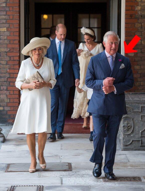 Princas Charlesas ir Camilla per princo Louiso krikštynas