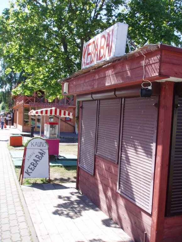 Kebebų kioskelis