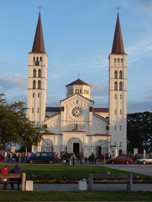 Rietavo Šv. Arkangelo Mykolo bažnyčia