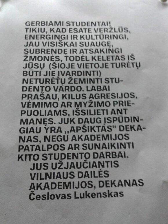 VDA dekanas studentams pasiūlė išsilieti ant jo