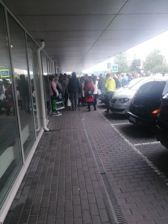 Eilės Vilniaus migracijos tarnyboje