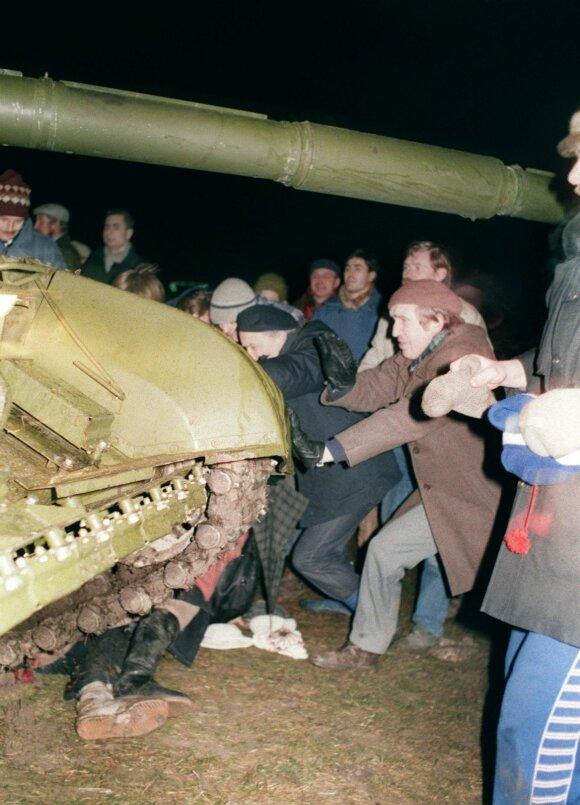 Попавшая под советский танк 13 января женщина: мне в глаза говорили, что я рассказываю сказки
