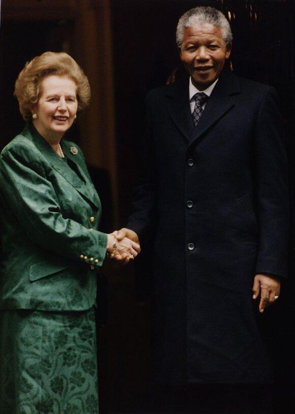 Margareth Thatcher ir Nelsonas Mandela