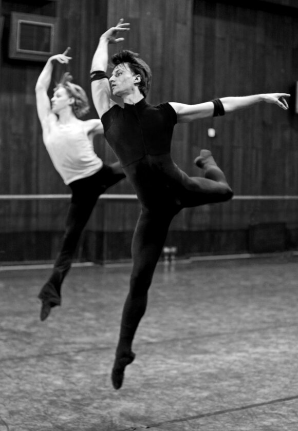 """Baleto mokyklos vadovas Eligijus Butkus: """"Visas mūsų miestelis šoko"""""""
