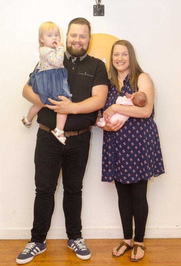 Rekordiškai greitas gimdymas: pagimdė prie ligoninės durų