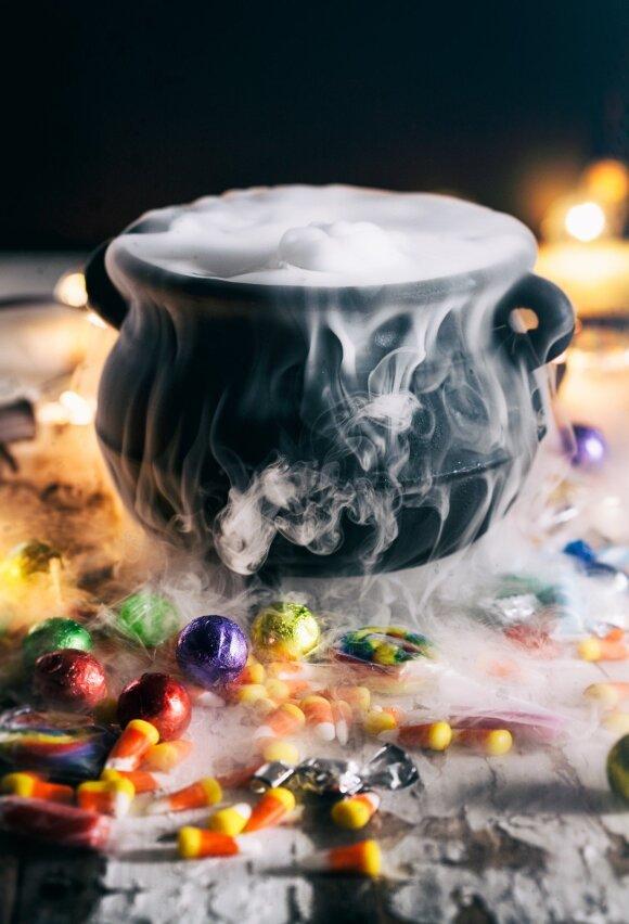 Patarimai, kaip sukurti įspūdingus rūko efektus Helovino vakarėlyje