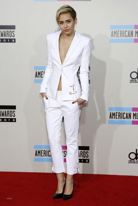Miley Cyrus - tapatybės krizė?