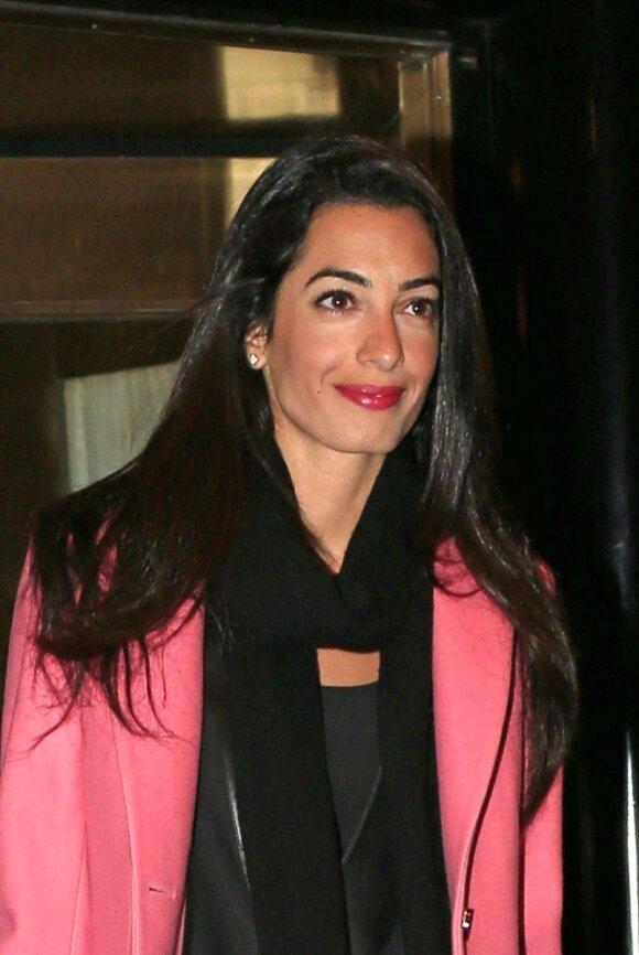 G. Clooney pasipiršo savo širdies draugei A. Alamuddin