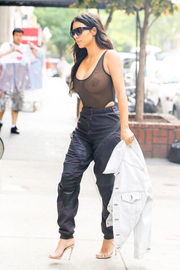 Stiliaus dosjė. Kim Kardashian West – stiliaus provokatorė, niekada nebijanti suklysti