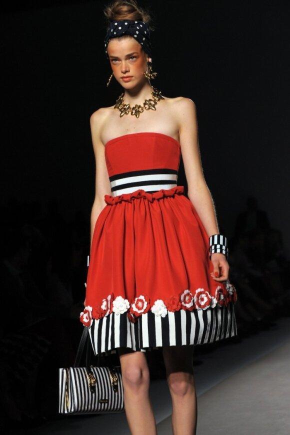 2011 m. pavasario -vasaros tendencijos. Rankdarbiai. Moschino