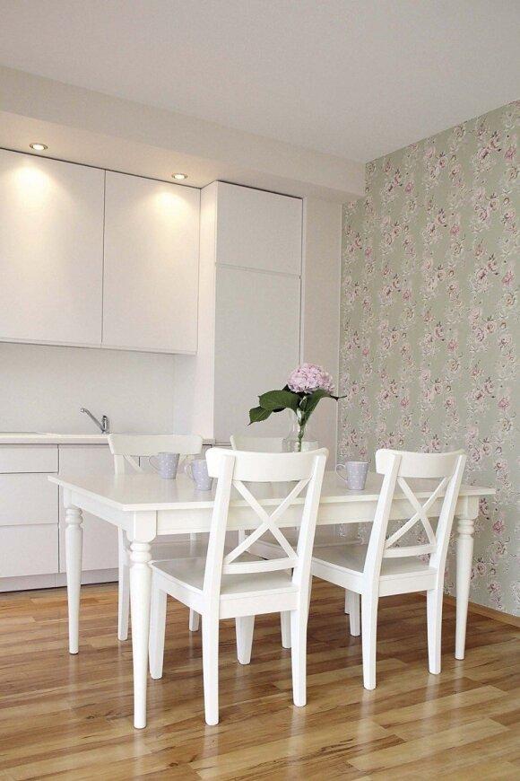 Provanso stilius standartinį butą pavertė romantiška oaze. FOTO