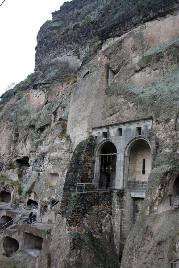 Pažink Gruziją: Vardzija - nepaprastas miestas uolose