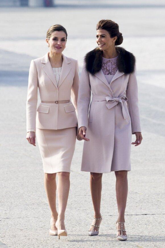 Karalienė Letizia ir Argentinos prezidento žmona Juliana Awada