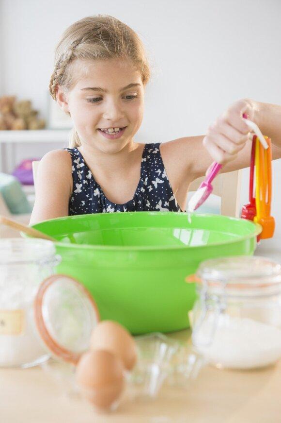 Vaikų mityba: dažniausia tėvų daroma klaida, kuri ne juokais kenkia sveikatai