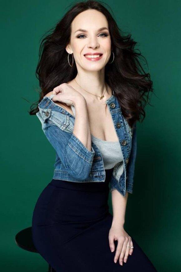 Aktorė Valda Bičkutė: meilė padeda viskam – ir dirbti, ir gyventi