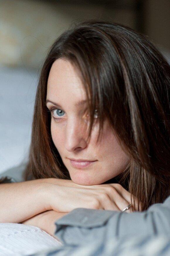 """Romano """"Palikimas"""" autorė Katherine Webb žada skaitytojo nepaleisti iki paskutinio puslapio"""