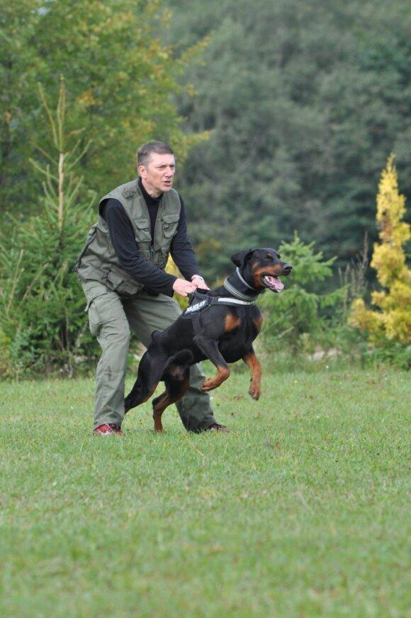 M. Sėjūnas su šunimi