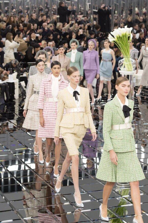 """Mados namų """"Chanel"""" pristatymas pavasario-vasaros 2017 sezonui, aukštosios mados savaitėje"""