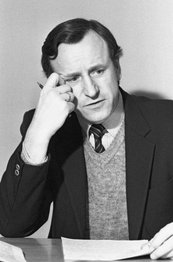 Prof. Algis Petras Piskarskas (1986 m.)