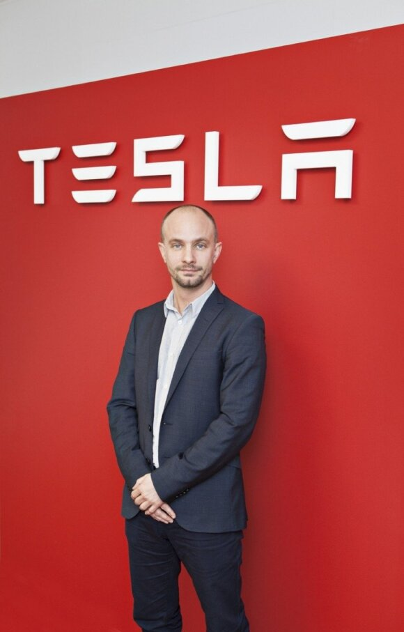 """""""Tesla"""" atstovas: perversmas laukia po dvejų metų"""