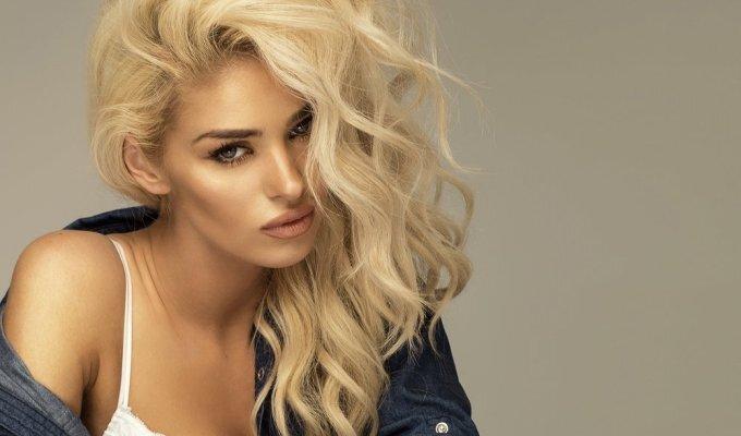 Stilistė Gražina: šventinė šukuosena, kurią paprasta pasidaryti VIDEO