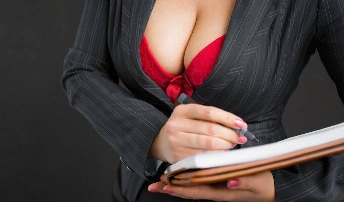Vyrų patarimai: koks moterų flirtas jiems labiausiai patinka