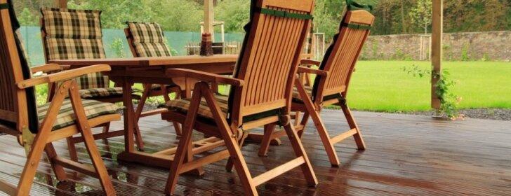Kas svarbu įsirengiant terasą: nuo grindų iki kepsninės