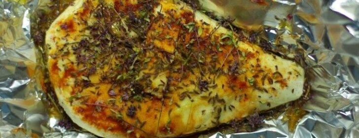 Patiks visiems: keptas varškės sūris su medumi ir čili pipirais